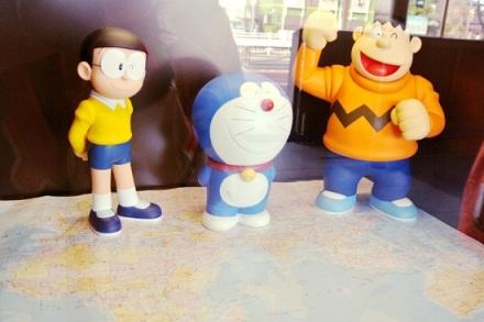 miniatur doraemon, nobita, dan giant